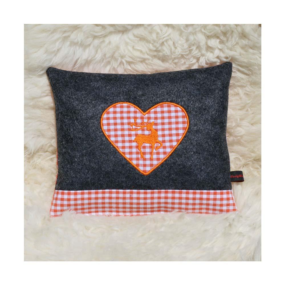 Zirbenkissen dunkelgrau mit Hirsch und Herz in orange